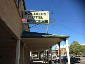Soldiers Motel - Tourism Bookings