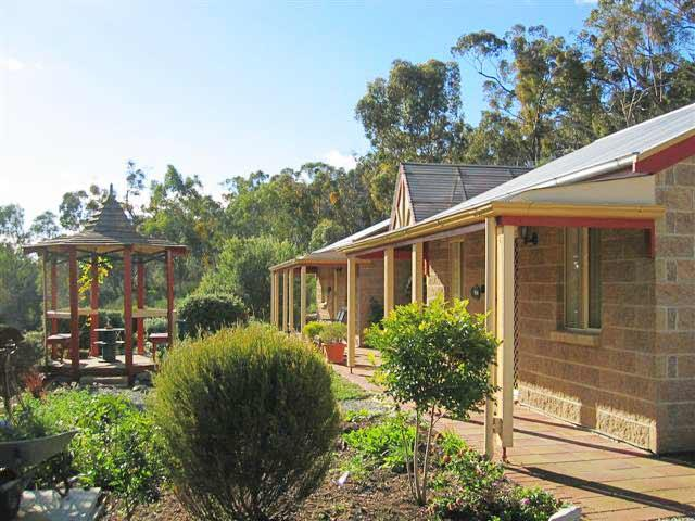 Riesling Trail  Clare Valley Cottages - Tourism Bookings