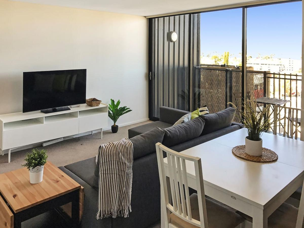 Modern 2 Bedroom+WIFI/Netflix/Parking+Great Views! - Tourism Bookings